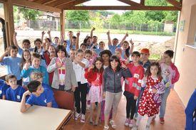 Kinder bei der Eröffnungsfeier