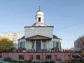 Kirche des hl. Innozenz in Beskudnikovo