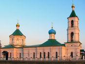Dreifaltigkeitskirche im Dorf Sharapovo