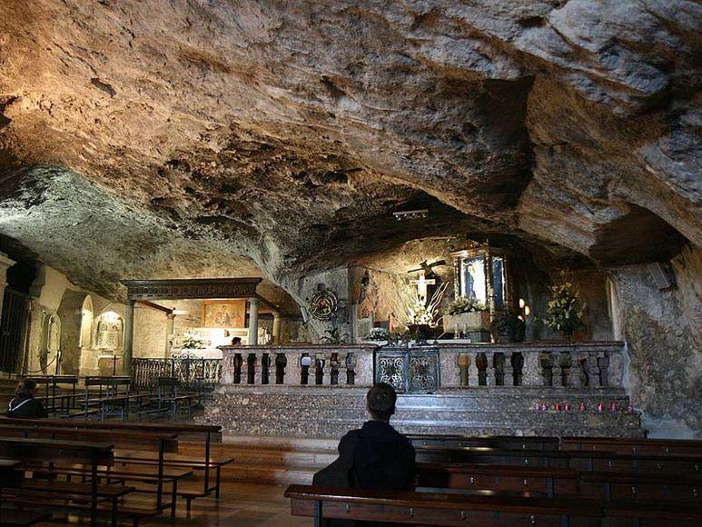 Die Michaelsgrotte in Monte Sant'Angelo