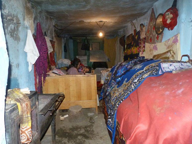 Sehr kleine Wohnung in schlechtem Zustand