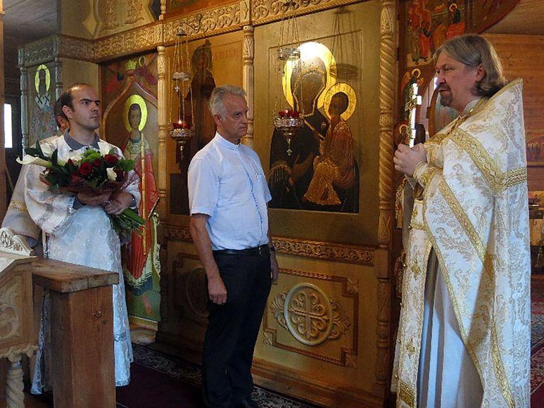 P. Rolf Schönenberger mit Erzpriester Mikhail Mikhailov