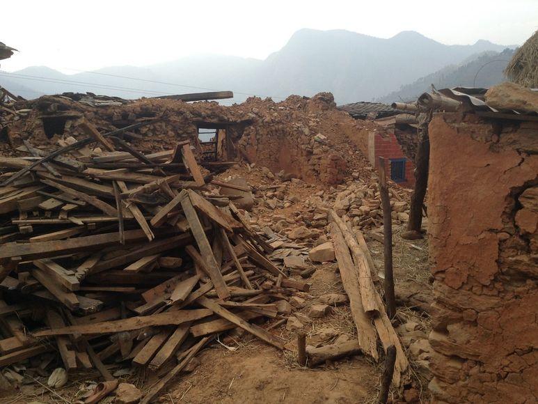 Komplett zerstörtes Bergdorf
