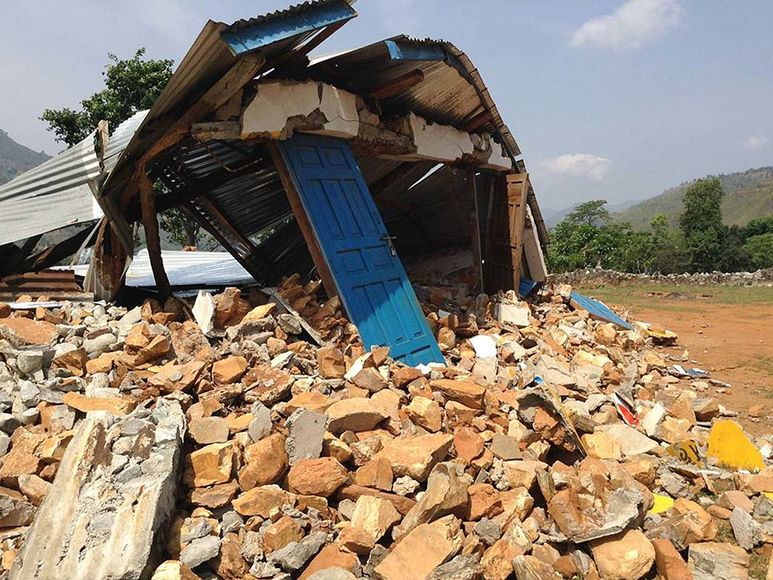 Komplett zerstörte Schule
