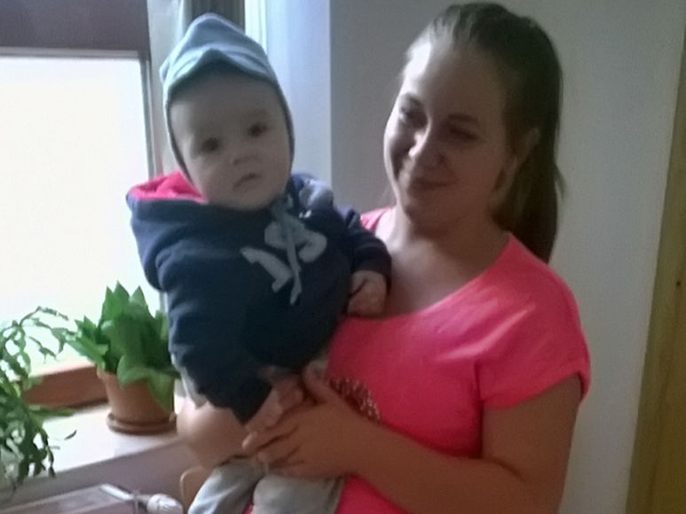 Mutter Mihaela mit ihrem Kind