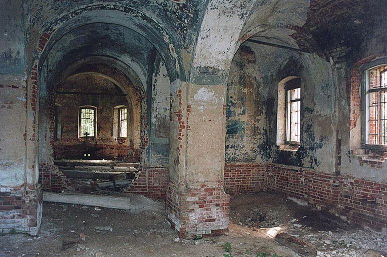 Zerfallene Kirche Jerapolzy