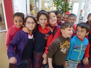 Ein paar Kinder des Kinderzentrums
