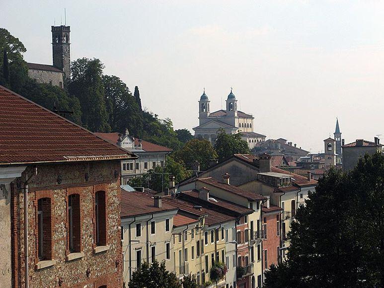 Blick über die Stadt Schio