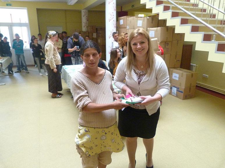 Daniela Cismăneanțu mit einer schwangeren Frau