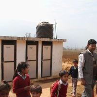 Shree-setidevi-school-toiletten-09