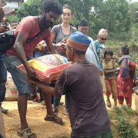 Nepal-150508-039
