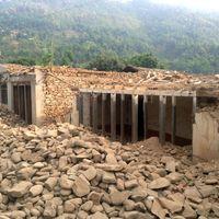 Nepal-150507-018