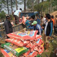 Nepal-150508-002