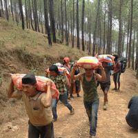 Nepal-150508-008