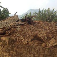 Nepal-150508-061